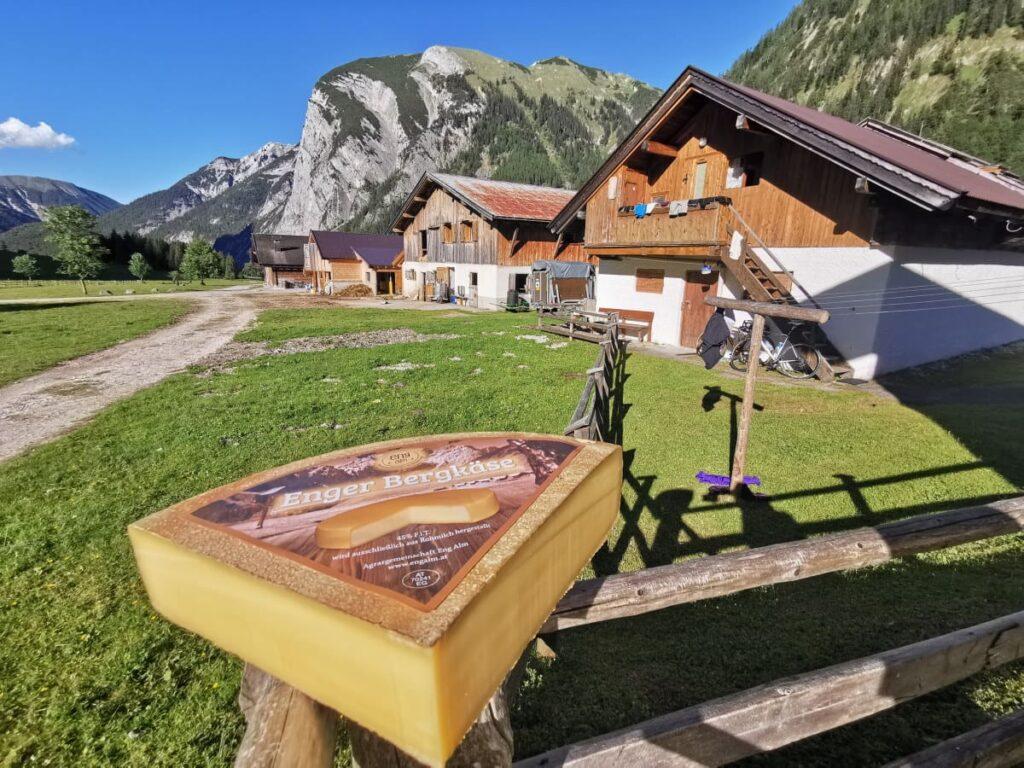 Das ist der echte Eng Alm Käse: Über den Winter gereift, zum Genuß im Sommer